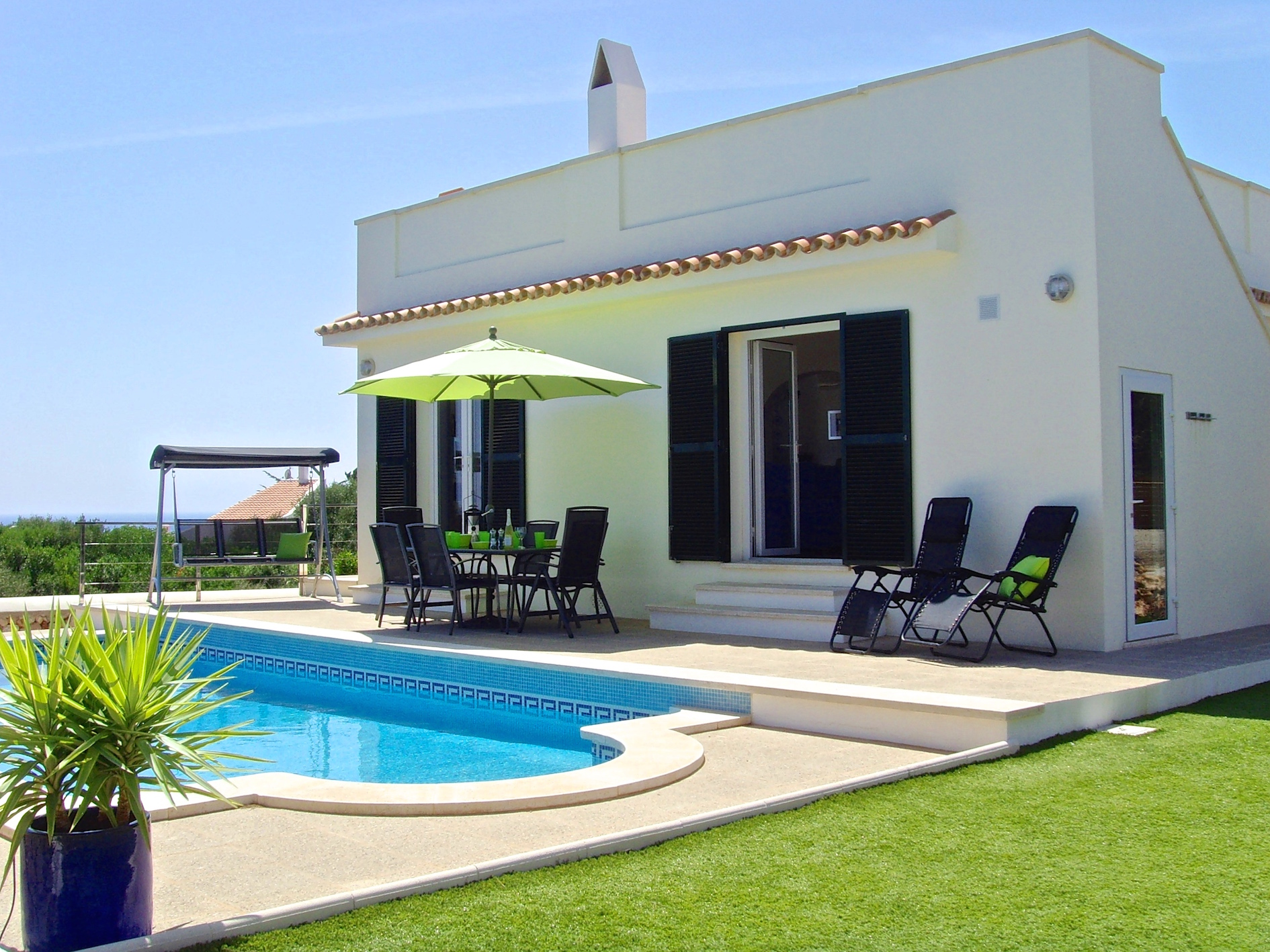 Casas bonitas menorca 5 - Some basic tips to keep your pool at it's best.