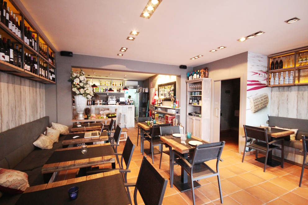 Before and after from nautical office to restaurant - Bonin sanso ...