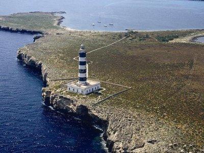 Faro-de-Illa-de-lAire-Isla-del-Aire