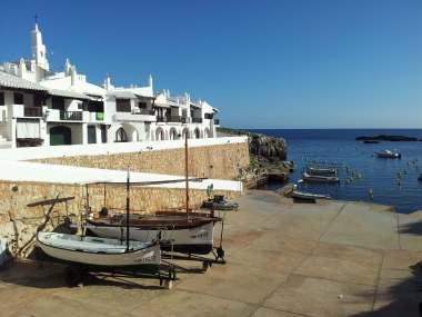 Binibeca - Rampas de botadura en Menorca